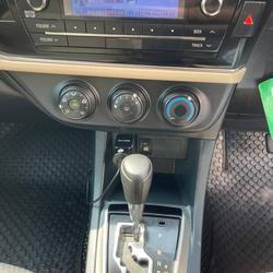 62 Toyota Altis 1.6 E (CNG) ปี 2014 สีขาว เกียร์ออโต้ รูปเล็กที่ 6