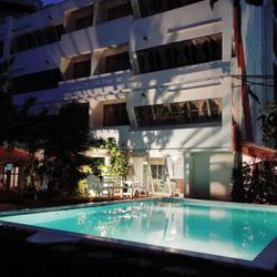 ขาย ที่ดินพร้อมโรงแรม สุขุมวิท 26 ใกล้ ถนนสุขุมวิท แต่งสวย พร้อมดำเนินกิจการได้เลย รูปเล็กที่ 2