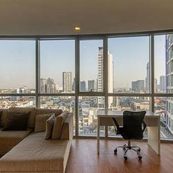 For rent Le Luk condominium Sukhumvit  near BTS Phra Khanong 1 bed 55 sqm. รูปเล็กที่ 1