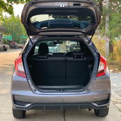 37 Honda New Jazz GK 1.5 RS (MNC) ปี 2019 สีขาว เกียร์ออโต้ รูปเล็กที่ 1