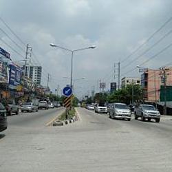 ย่านถนนเทพารักษ์-หนามแดง-สำโรง พร้อมต้นมะม่วงใหญ่หลายสิบปี ร รูปเล็กที่ 2