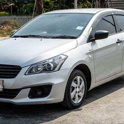 Suzuki Ciaz 1.2 2016(ปี 15-18) GA Sedan รูปเล็กที่ 1