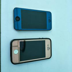 ขาย iphone 4s  2 เครื่อง รูปเล็กที่ 2