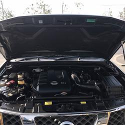 NISSAN NAVARA 2.5 4x4 AUTO TOP ปี2010 รถบ้านมือเดียวไม่มีชนน็อตกริบๆ รูปเล็กที่ 6