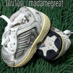 รองเท้าเด็กNIKE ของแท้มือสองสภาพดี รูปเล็กที่ 1