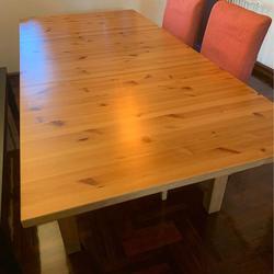 ขายด่วน!!! โต๊ะ ikea 6 ที่นั่ง แถมเก้าอี้ 2 ตัว  รูปเล็กที่ 1