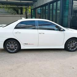 TOYOTA ALTIS SPORTIVO TRD 1.8 รถปี 2011 สีขาว รถบ้าน สวยมากครับ  รูปเล็กที่ 4