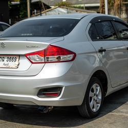 Suzuki Ciaz 1.2 2016(ปี 15-18) GA Sedan รูปเล็กที่ 3