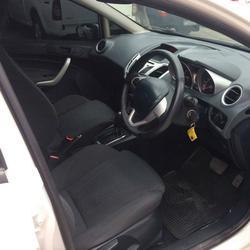 Ford Fiesta รูปเล็กที่ 6