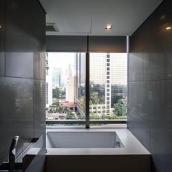 For rent  The Bangkok Sathorn (corner room) รูปเล็กที่ 2