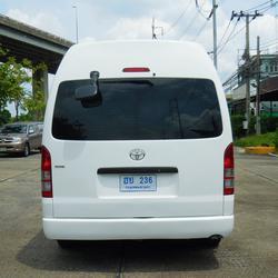 💥 TOYOTA COMMUTER 2.5 D4D 💥 โตโยต้า ปี 2011 กระจกไฟฟ้าเบาะหนังแต่ง VIP 5 แถวรถสวย รถตู้มือสอง แต่ง พร้อมใช้งาน รูปเล็กที่ 3
