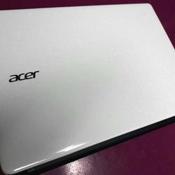 โน้ตบุกส์ Acer Aspire E1-470 สภาพ 100% รูปเล็กที่ 2