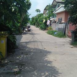 ขายบ้าน เนื้อที่ดิน 80 วา ย่าน หนามแดง-สำโรง ถนนเทพา รูปเล็กที่ 2