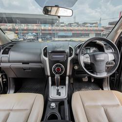 ปี 2016 Isuzu MU-X 3.0 4WD SUV 7 ที่นั่ง (DVD NAVI) ตัวTop รูปเล็กที่ 4