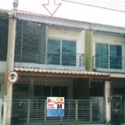 ขายทาวน์เฮ้าส์ 2 ชั้น หมู่บ้าน เดอะทรัสต์ทาวน์ ราชพฤกษ์