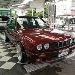 ขายรถเก๋ง BMW 318I เขตลาดพร้าว กรุงเทพ ฯ รูปเล็กที่ 3