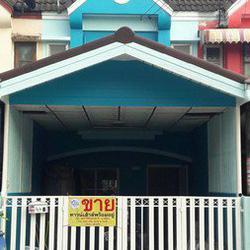 ขายทาวน์เฮ้าส์ 2 ชั้นหมู่บ้านรุ่งเรืองเฮ้าส์